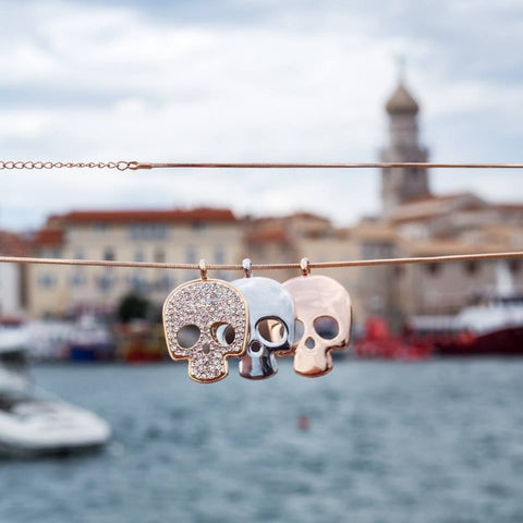 Three Skulls Necklace