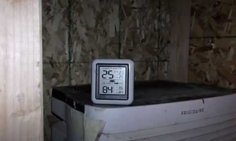 dehumidifier with hygrometer