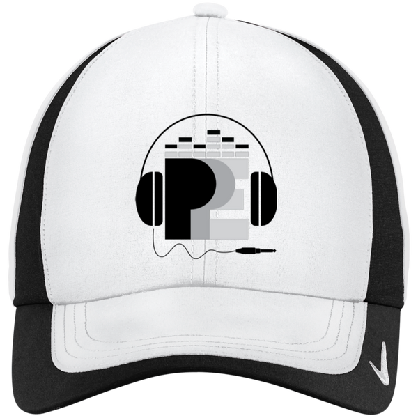Ppe Nike Colorblock Cap - White/black / One Size - Hats