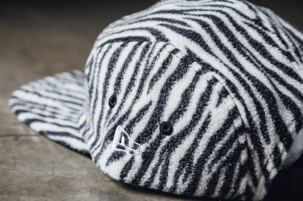 "Camper Fleece 93 ""Zebra"" - [color] - [sku] - Lust México"