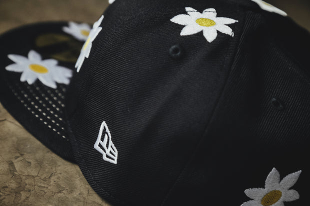 Daisy New Era Fitted - [color] - [sku] - Lust México