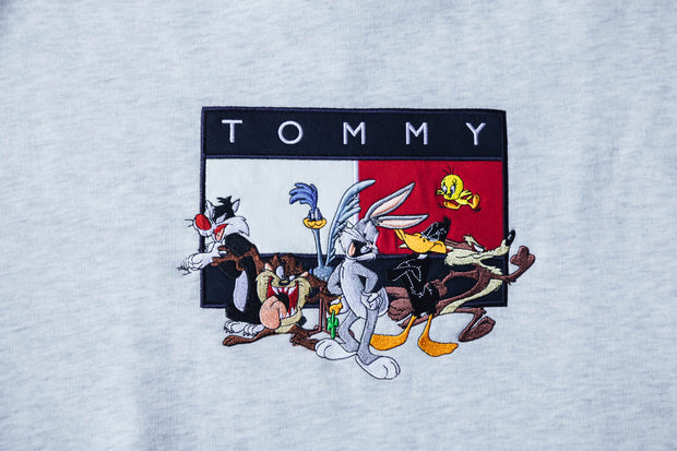 Tommy Jeans x Looney Tunes Crew Sweat - [color] - [sku] - Lust México