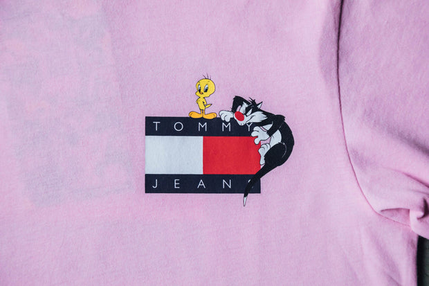 Wmns Tommy Jeans x Looney Tunes  Romantic Tee - [color] - [sku] - Lust México