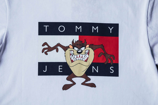 Wmns Looney Tunes Tommy Badge T-Shirt