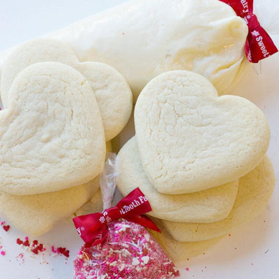 HEART SUGAR COOKIE DECORATING KIT