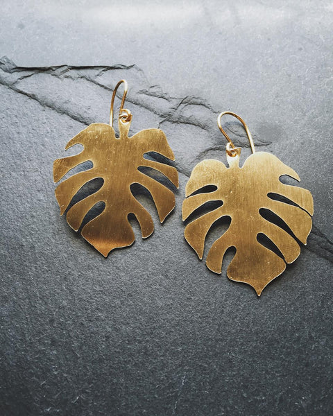 monstera leaf earrings - SHOP CORDUROY