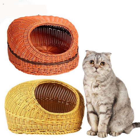 Covered Sleeping Basket for Cats & Small Dogs