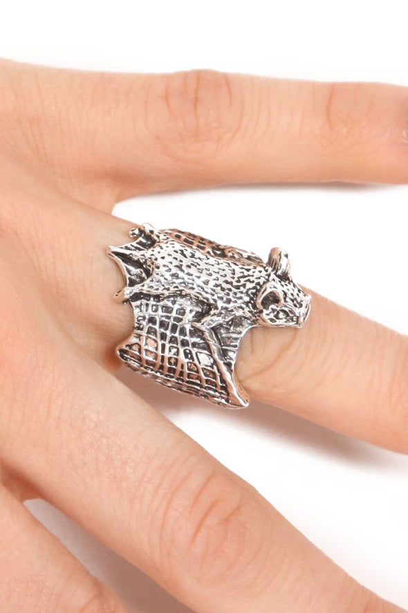 Vampire Bat Hugger Ring