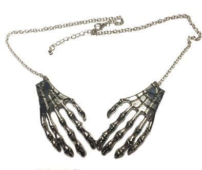 Skeleton Hands Necklace (Silver)