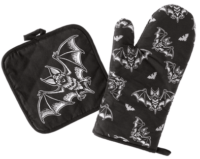SOURPUSS BATT ATTACK OVEN MITT SET