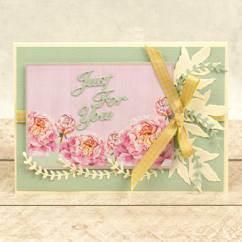 Couture Creations - Peaceful Peonies - Mini Die - Cornered Leaves 2 (2pc)