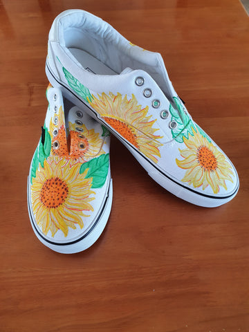 Get your craft on with Bron... Walking on Sunshine Shoes...