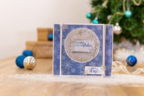 Crafter's Companion - Sara Signature - Glittering Snowflakes Dies - Frosted Flurry