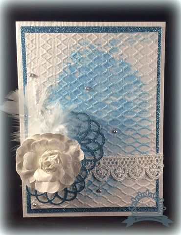 Couture Creations - Hearts Ease - Chain Link Embossing Folder