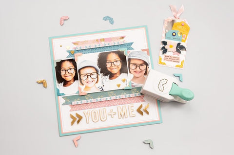 """We R Memory Keepers - Embossing Punch - 1"""" Photo Corners"""