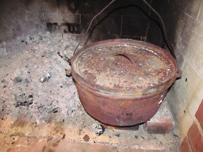 Cast iron dutch oven from harbor freight