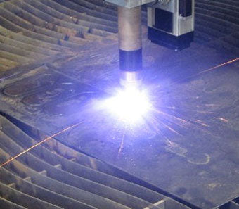 Plasma cutter cutting steel