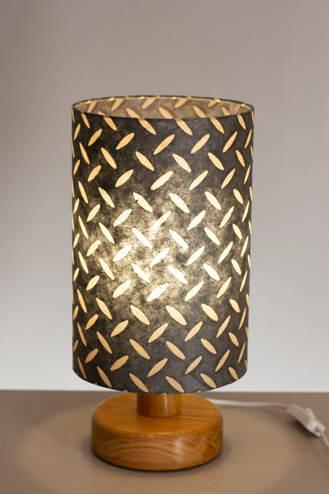 Round Wooden Table Lamp with 20cm x 30cm Lamp Shade in P88 ~ Batik Tread Plate Grey