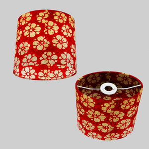 Oval Lamp Shade - P76 - Batik Star Flower Red, 20cm(w) x 20cm(h) x 13cm(d)