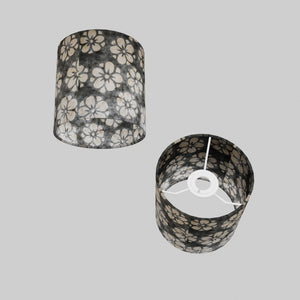 Drum Lamp Shade - P77 - Batik Star Flower Grey, 15cm(d) x 15cm(h)