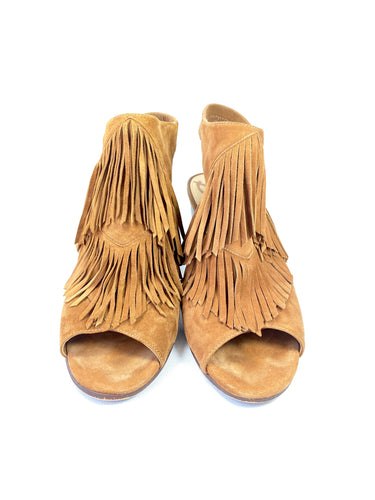 Sam Edelman camel suede fringe heeled sandals size 8 - My Girlfriend's Wardrobe York Pa
