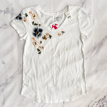 Loft white floral embroidered t shirt size XS NWT - My Girlfriend's Wardrobe York Pa