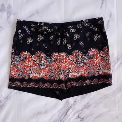 Loft black, red, blue and cream print shorts size 6 NWT