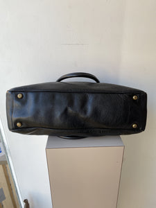 Marc Jacobs black leather shoulder bag