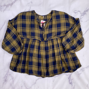 Green and blue plaid top multiple sizes