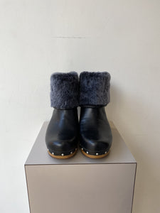 UGG black leather fold over heeled boots size 7 NEW