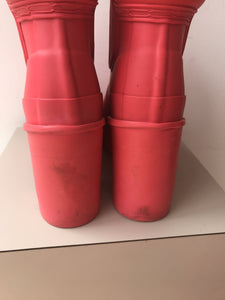 Hunter neon pink heeled rain boots size 7 - My Girlfriend's Wardrobe York Pa