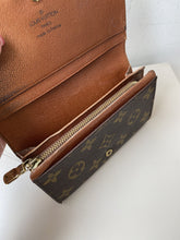 Louis Vuitton monogram Porte-Monnaie Tresor wallet - My Girlfriend's Wardrobe York Pa