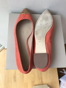 Tory Burch Bar Logo poppy coral/bark flats size 8 - My Girlfriend's Wardrobe York Pa