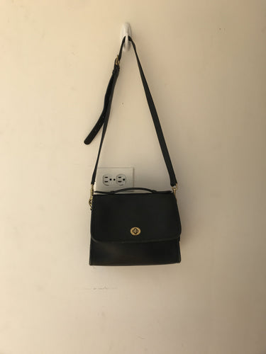 Coach black leather vintage Court crossbody - My Girlfriend's Wardrobe York Pa
