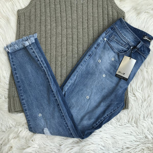 Sweater tank and frayed denim - My Girlfriend's Wardrobe York Pa