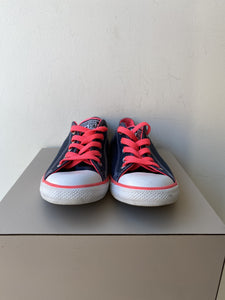 Converse navy and neon pink sneakers size 6 - My Girlfriend's Wardrobe York Pa