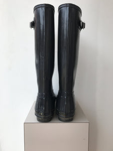 Hunter black classic shiny rain boots size 10 - My Girlfriend's Wardrobe York Pa