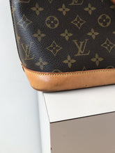 Louis Vuitton Alma PM 1998 - My Girlfriend's Wardrobe York Pa