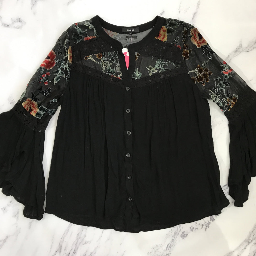 Miss Me black floral button up - My Girlfriend's Wardrobe York Pa