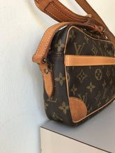 Louis Vuitton monogram vintage Trocadero 27 - My Girlfriend's Wardrobe York Pa