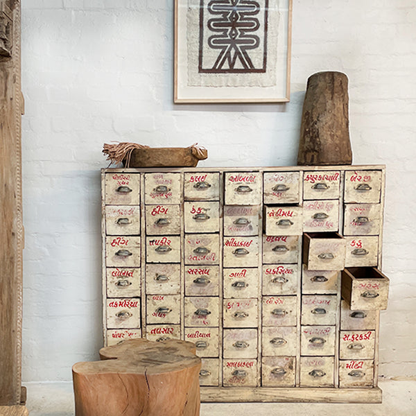 Vintage and antique apothecary: beautiful, eco friendly and helps lessen landfill