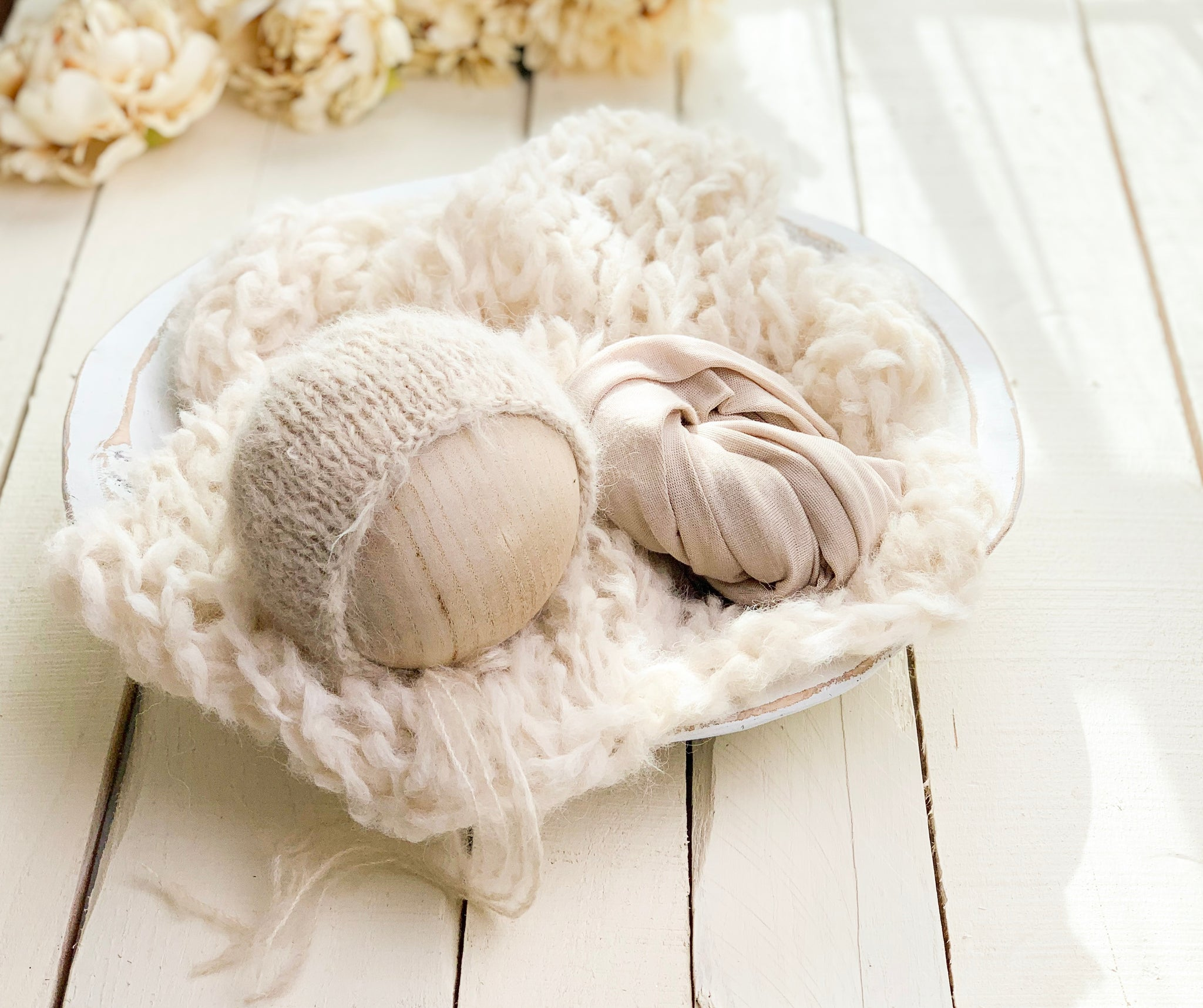 Ivory Newborn Knit Set II