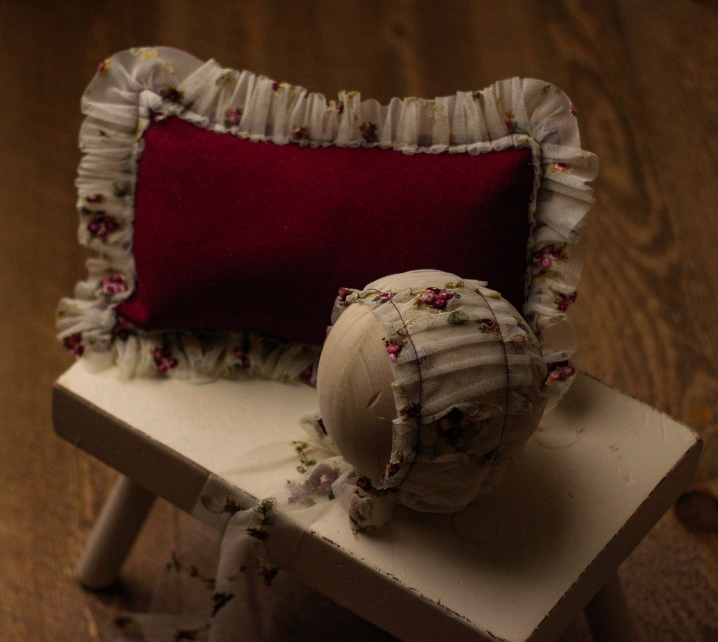 Rose Pillow Prop Set