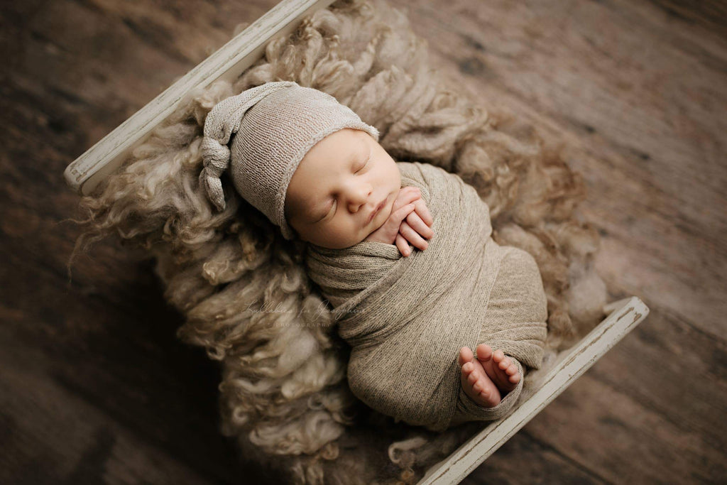 Newborn Sleepy Cap ~ Tan