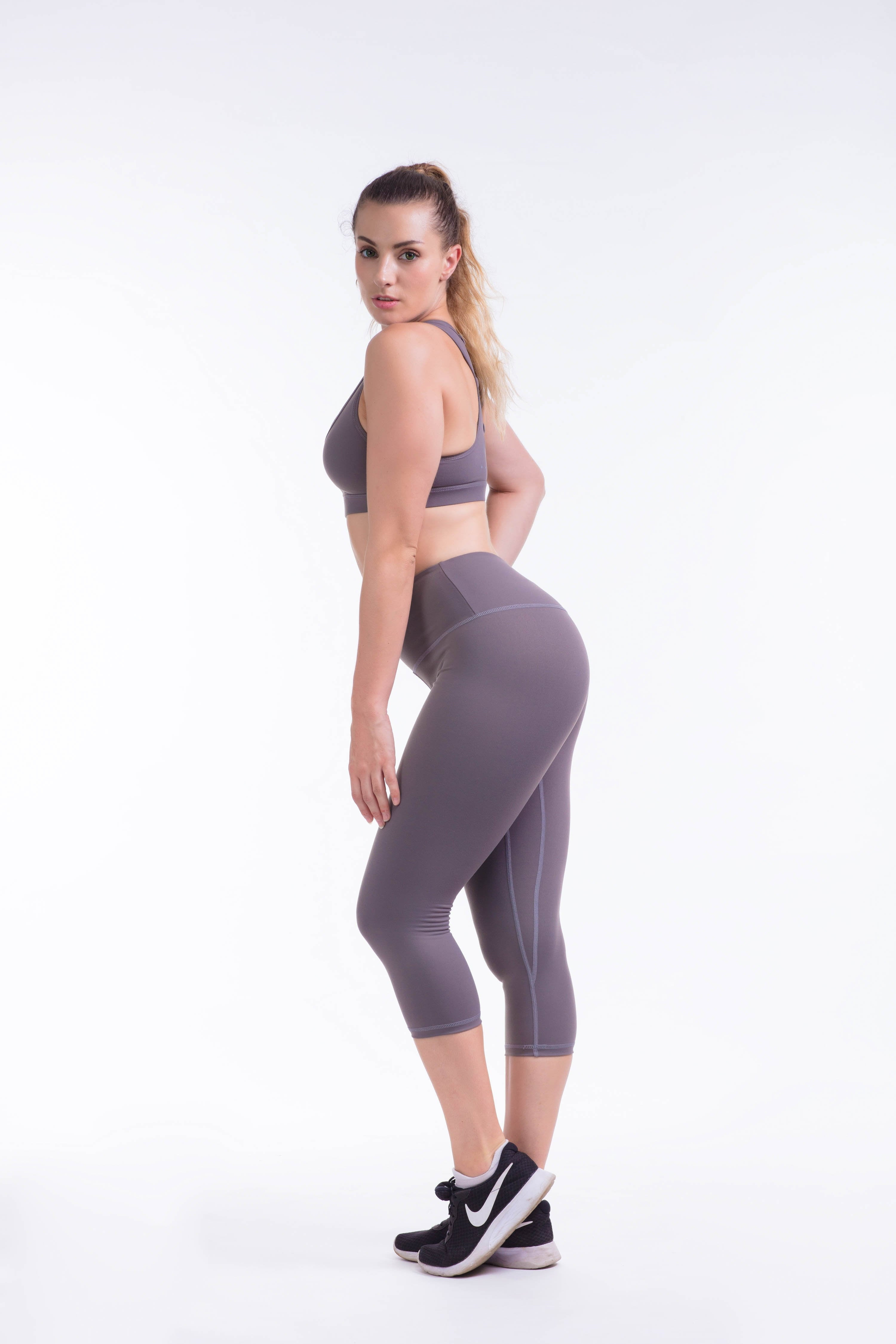 "BARE IN MIND CROP 19"" - GREY - hustletics.com"