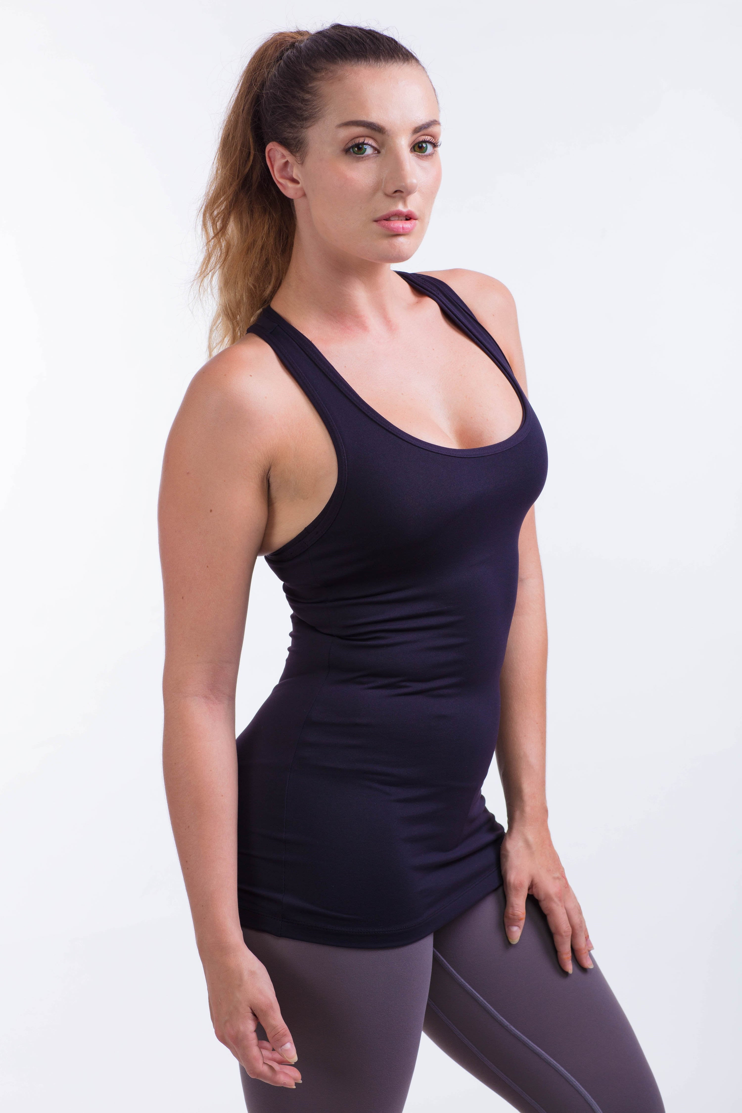 BARE IN MIND TANK - BLACK - hustletics.com