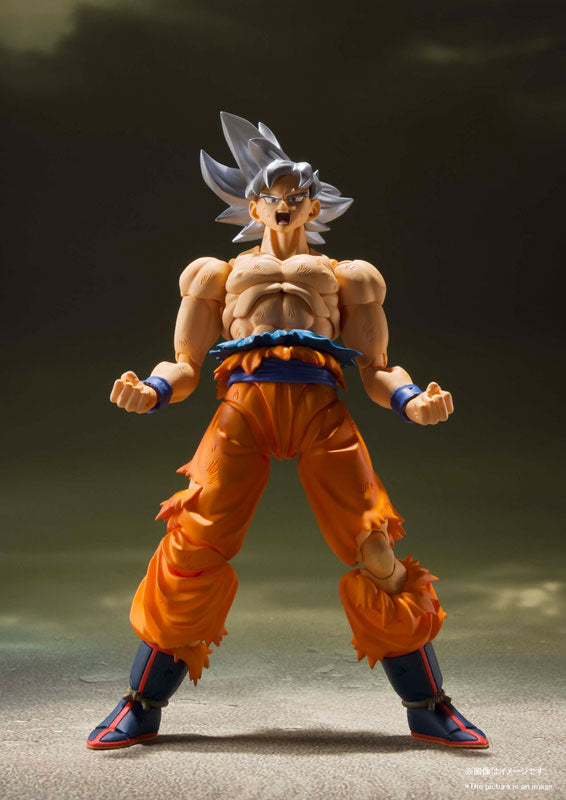 S.H. Figuarts Dragon Ball Super Son Goku Ultra Instinct Action Figure Japan Ver