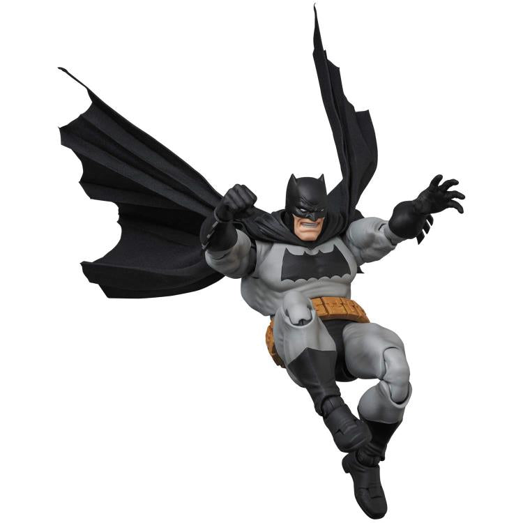 Mafex No. 106 DC Comics Frank Miller's The Dark Knight Returns Batman Action Figure Medicom 1