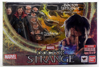 S.H. Figuarts Doctor Strange & Burning Flame Set Dr. Strange Action Figure