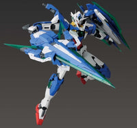 Gundam 1/100 MG Gundam OO Battlefield Record 00 Qan[T] (Quanta) Full Saber Model Kit 2